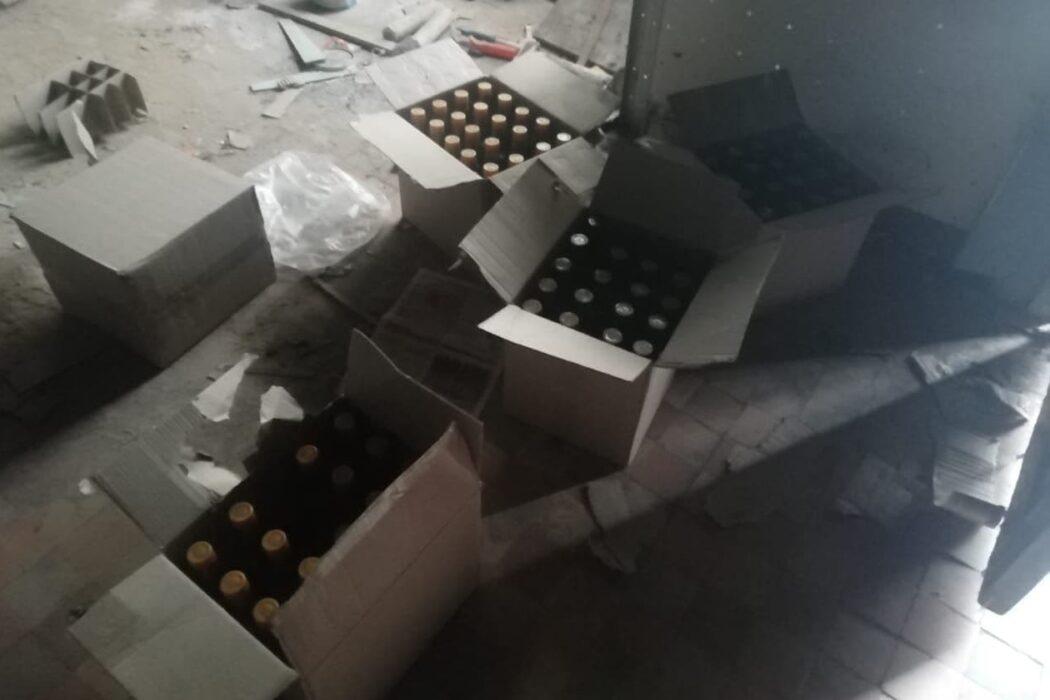 В Новосергиевском районе продавец магазина торговала контрафактным алкоголем