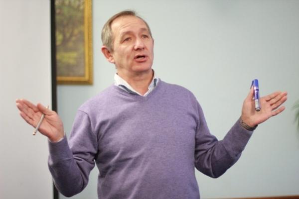 """Геннадий Ищенко: """"Кто-то параноидальный сказал, что вы будете чипированы, и люди стали верить"""""""
