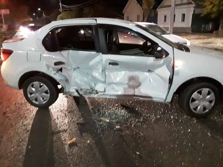 В Оренбурге в результате ДТП на улице Терешковой пострадала 12-летняя пассажирка