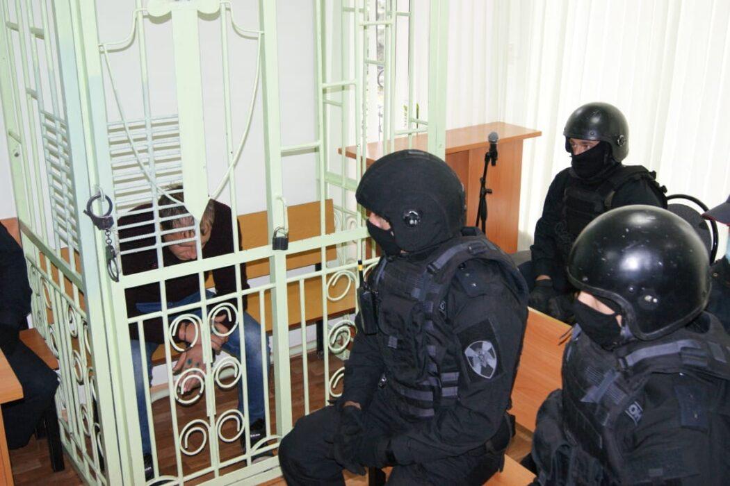 Лазарев показал следователям как совершал тройное убийство в Гае